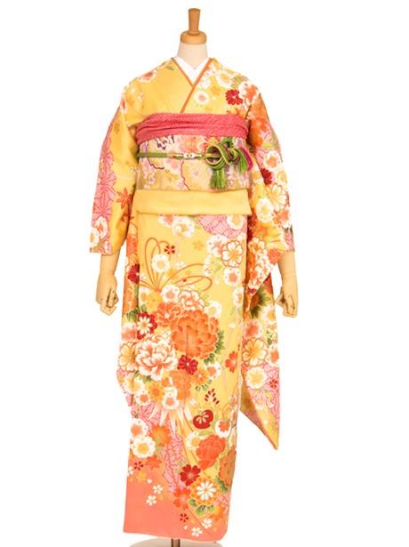 薄黄色に牡丹と橘の振袖/小さめサイズ