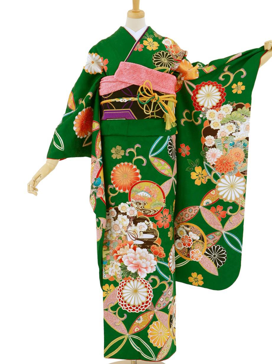 緑地に七宝と花紋の振袖