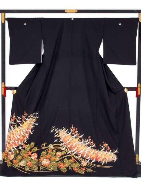 波に鶴と松竹梅の黒留袖