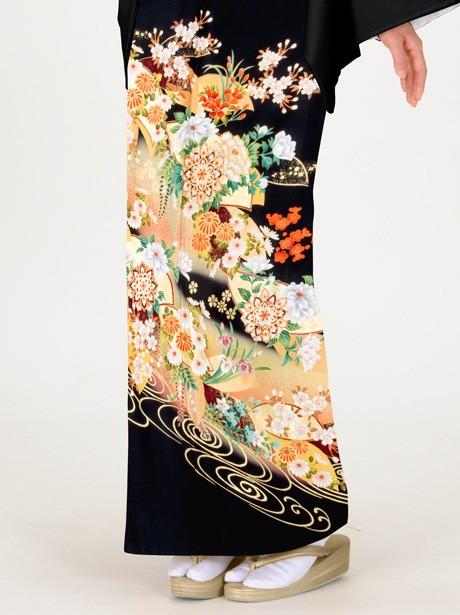 観世水と四季花の黒留袖