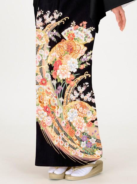 檜扇に鼓と四季花の黒留袖