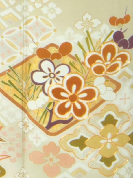 花菱と七宝の色留袖