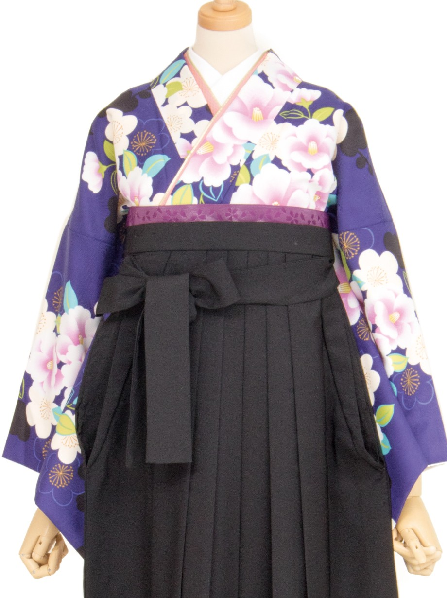 紺地に牡丹と梅・黒袴(二尺袖)/卒業式