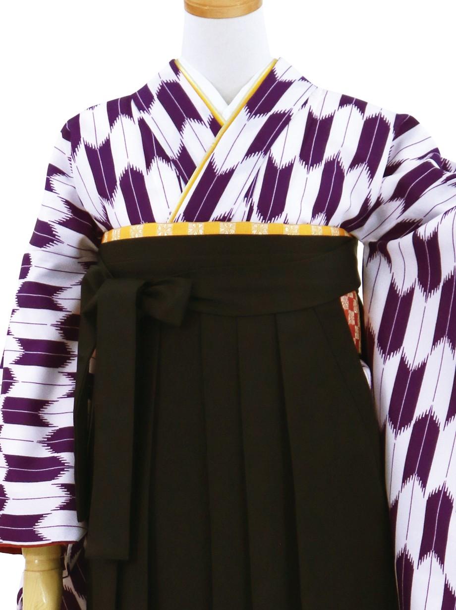 紫の大型矢絣・黒袴(無地)(二尺袖)/卒業式