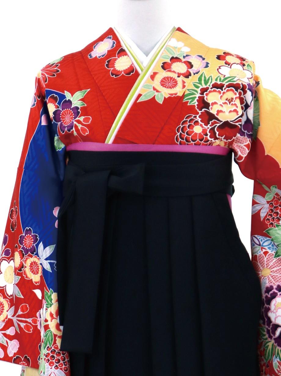 赤地の紅型風の二尺袖・黒袴(無地)(二尺袖)/卒業式