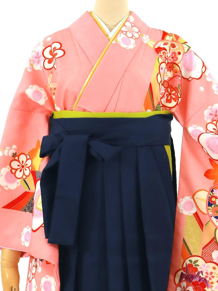 サーモンピンクに橘と矢絣、紺袴(無地)(二尺袖)/卒業式