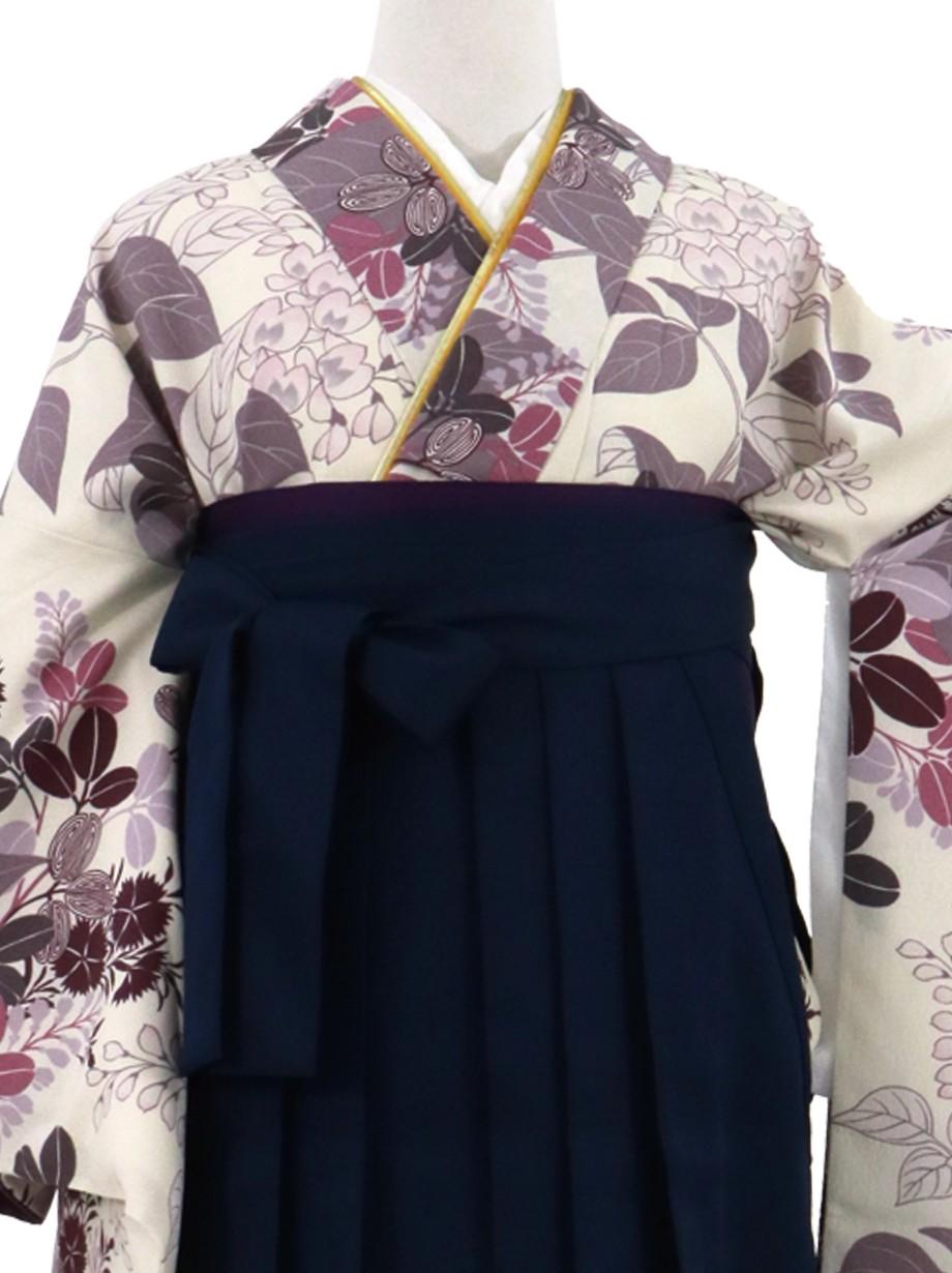 ベージュ地に秋草・紺袴(無地)(二尺袖)/卒業式