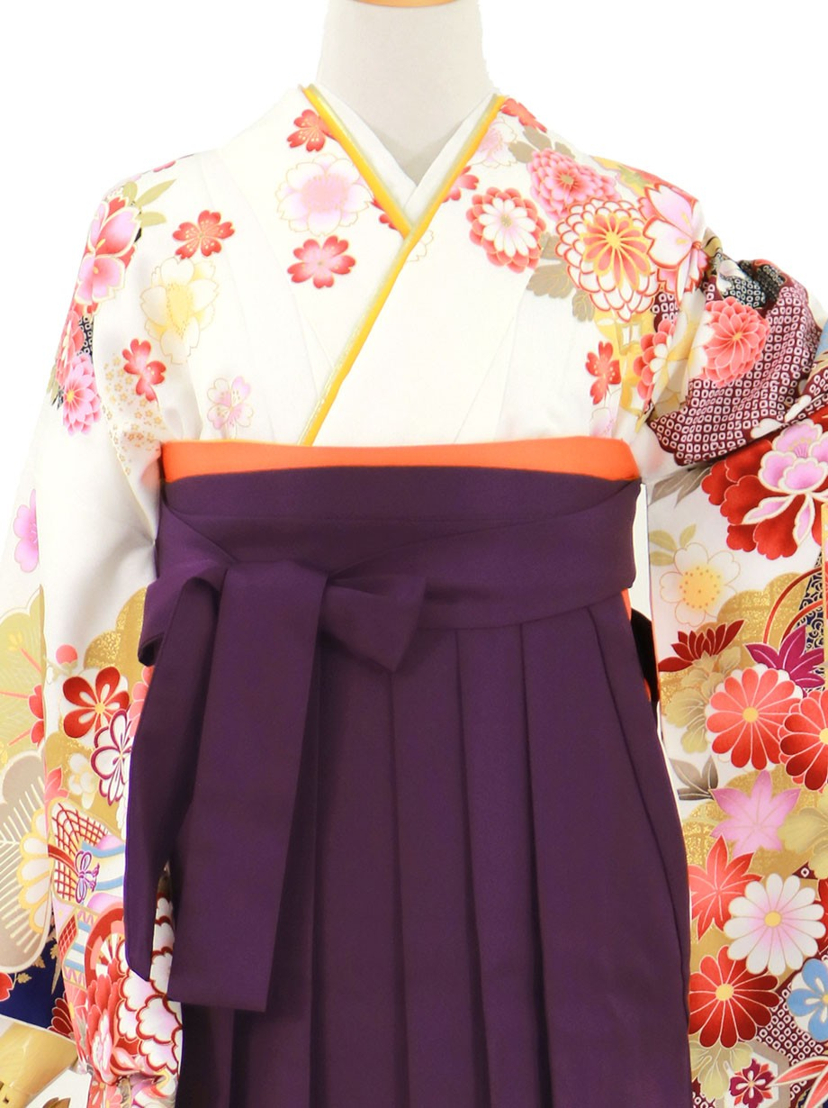 白地に貝桶と四季花、紫袴(無地)(二尺袖)/卒業式