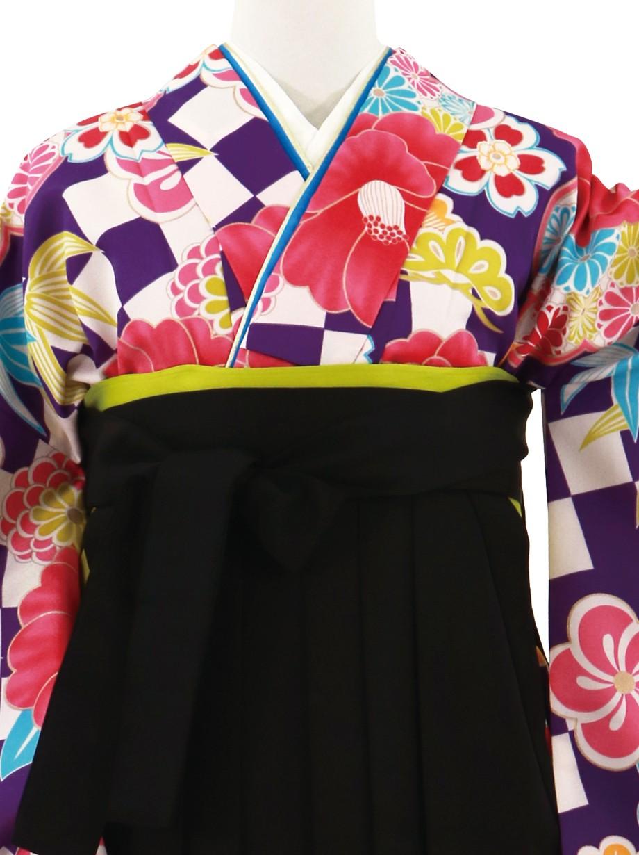 紫の市松に椿、黒袴(無地)(二尺袖)/卒業式