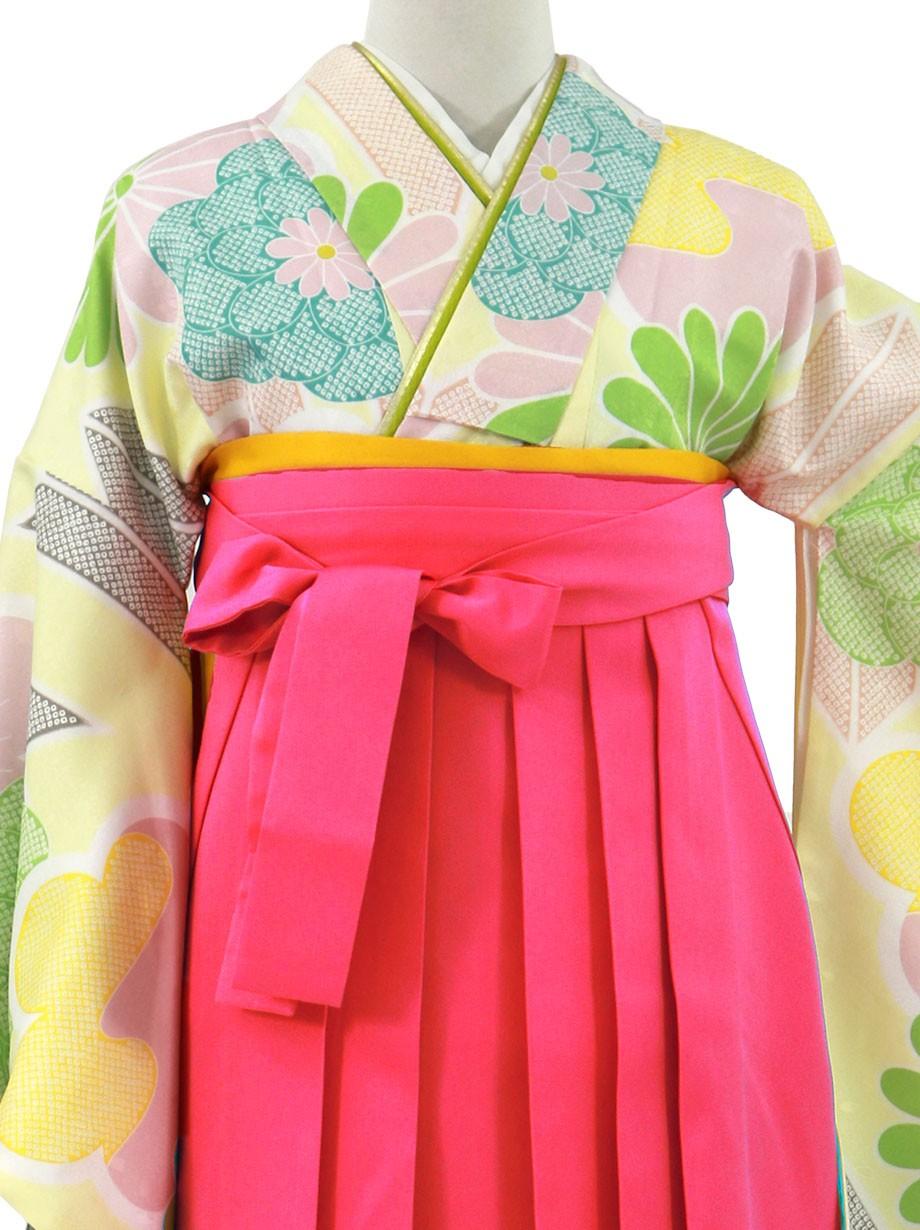 クリームイエローに花と矢羽、唐紅袴(無地)(二尺袖)/卒業式