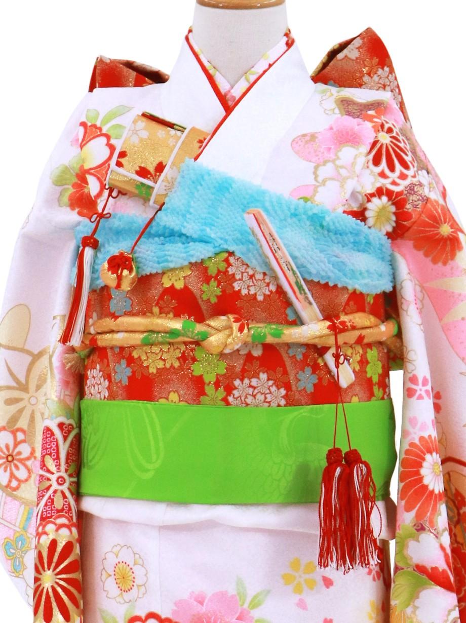 白地に花と扇、雲取りの着物/七五三・七歳女の子