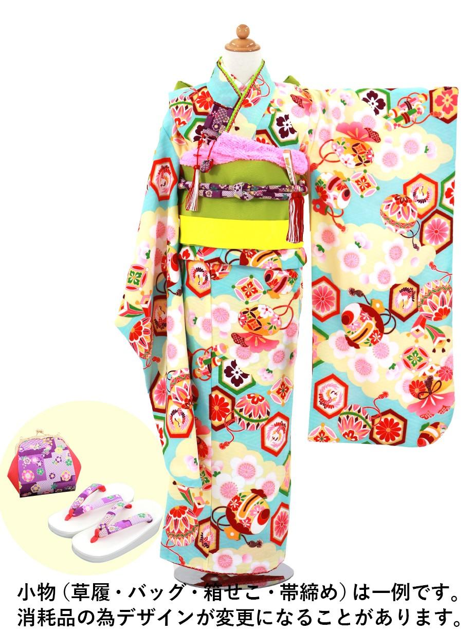 水色地に雲取りと桜、宝尽くしの着物【式部浪漫】/七五三・七歳女の子