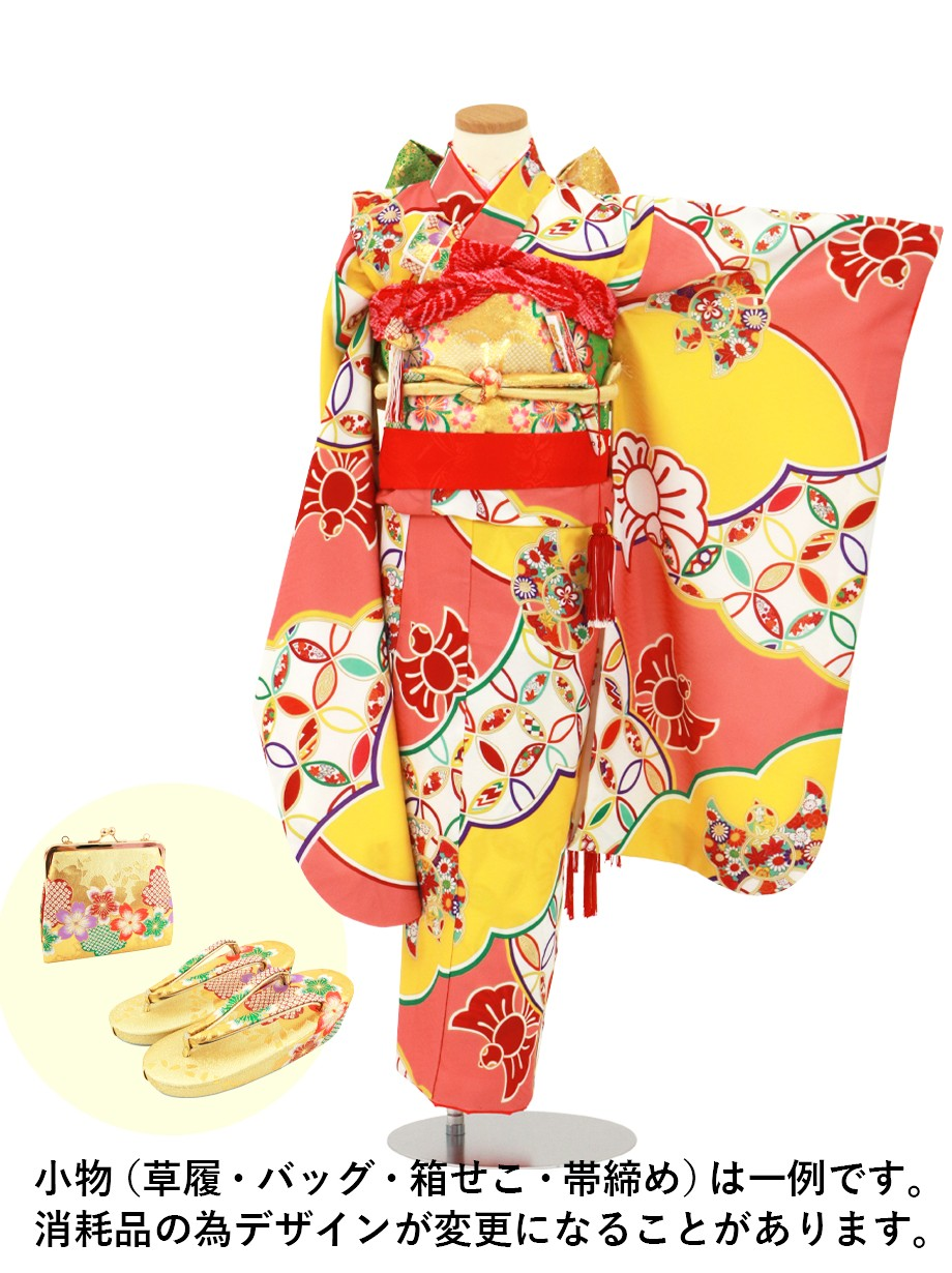 薄紅色に雲取りと雀紋の着物/七五三・七歳女の子