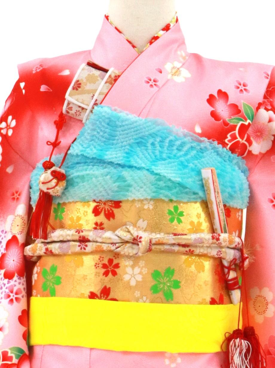 ピンクと赤の地に桜の着物/七五三・七歳女の子