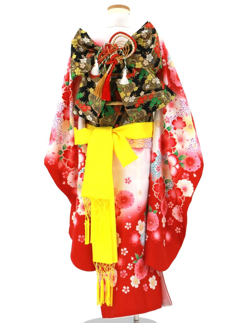 白と赤の地に桜の着物/七五三・七歳女の子