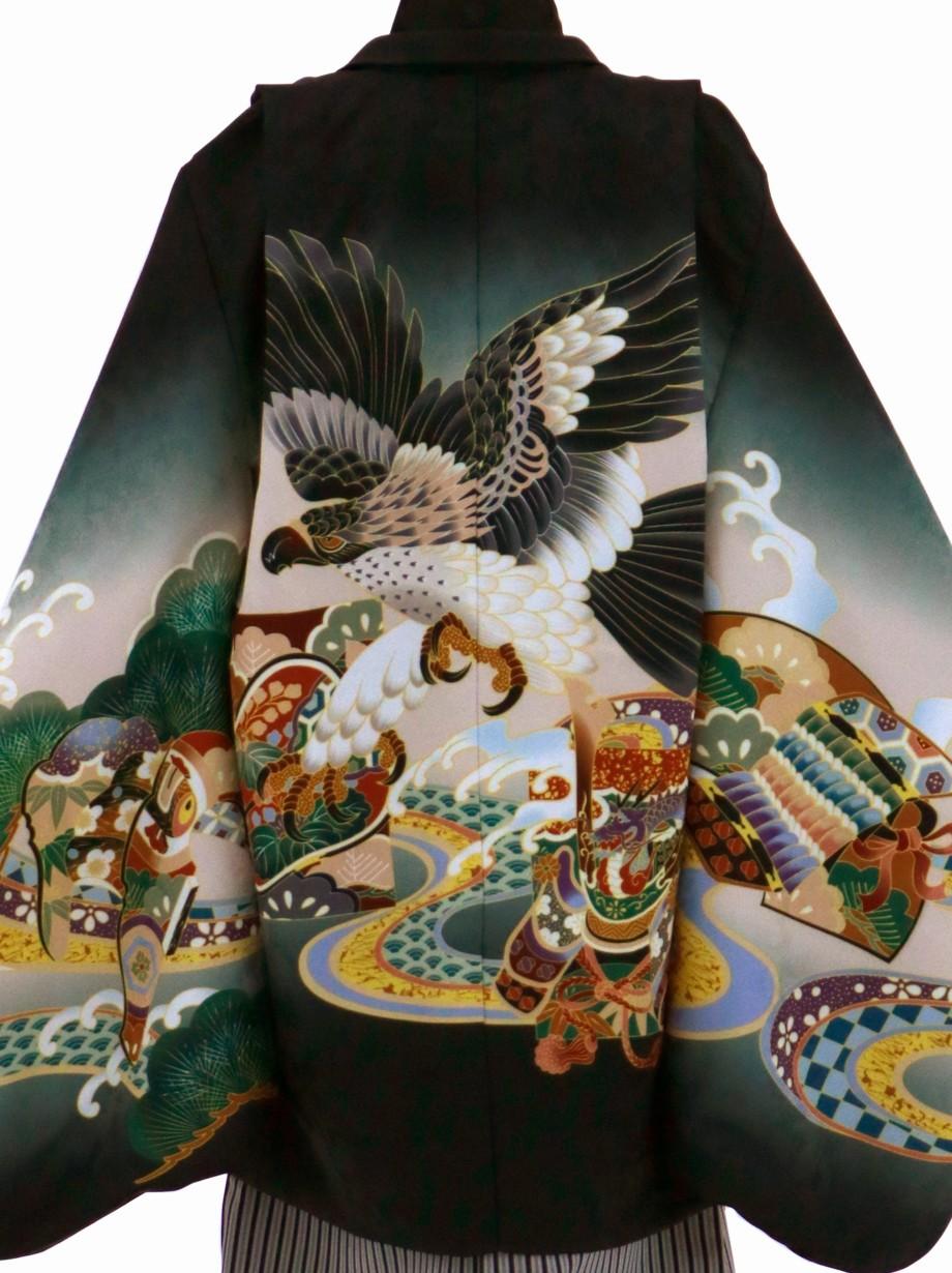 黒地に鷹や兜、黒縞の袴/七五三・五歳男の子・袴**