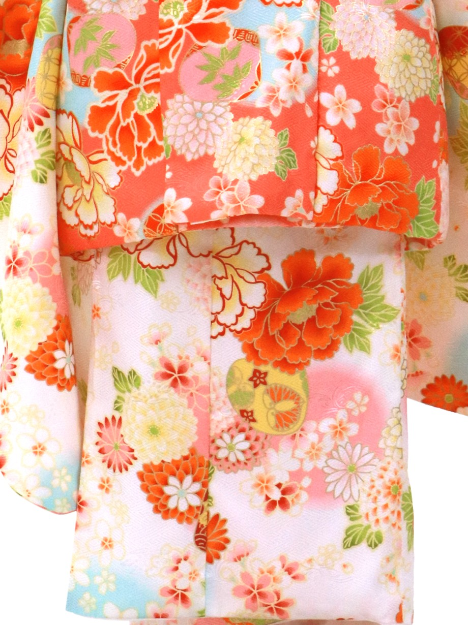 白地に花尽くしと貝合わせの着物の被布コートセット/七五三・三歳女の子