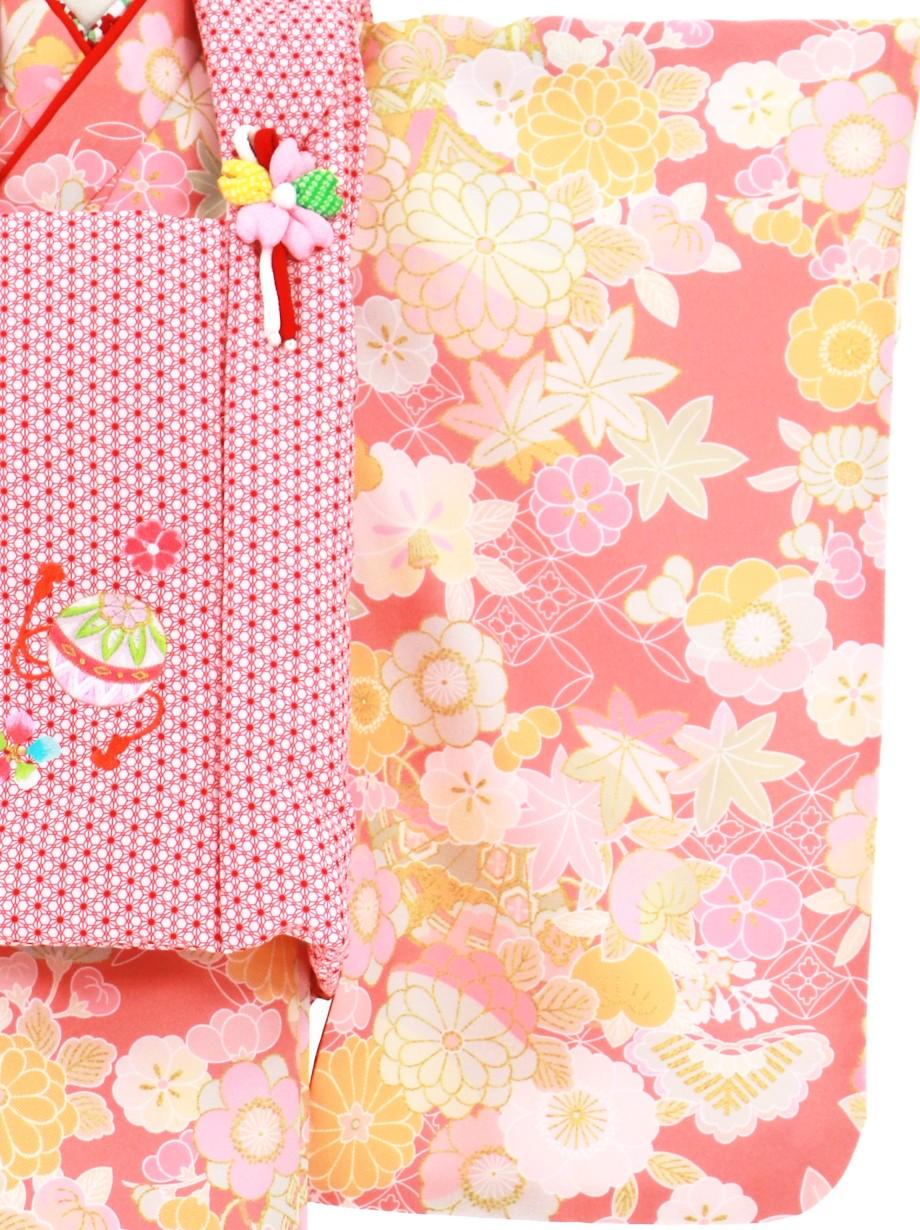 ピンク地に花尽くしと扇、赤色の麻の葉模様の被布コートセット/七五三・三歳女の子