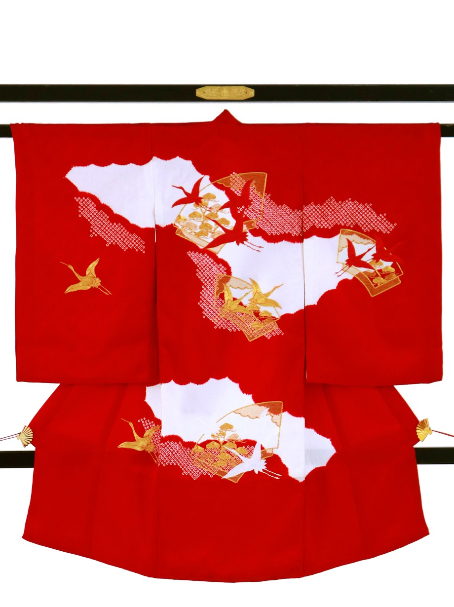 赤地に疋田、三色の鶴の祝い着(産着)/女児