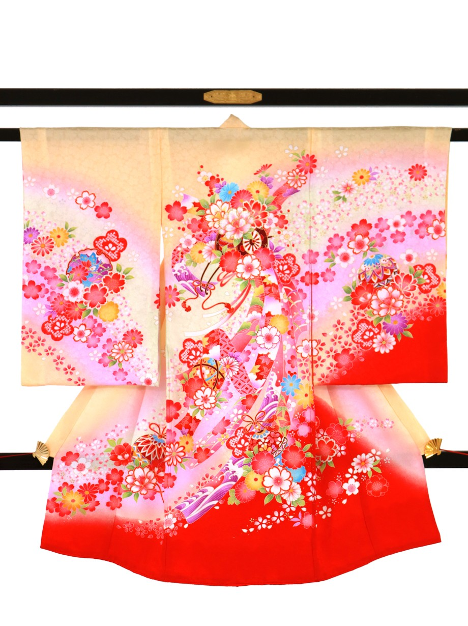 クリームイエローに花車と熨斗の祝い着(産着)/女児