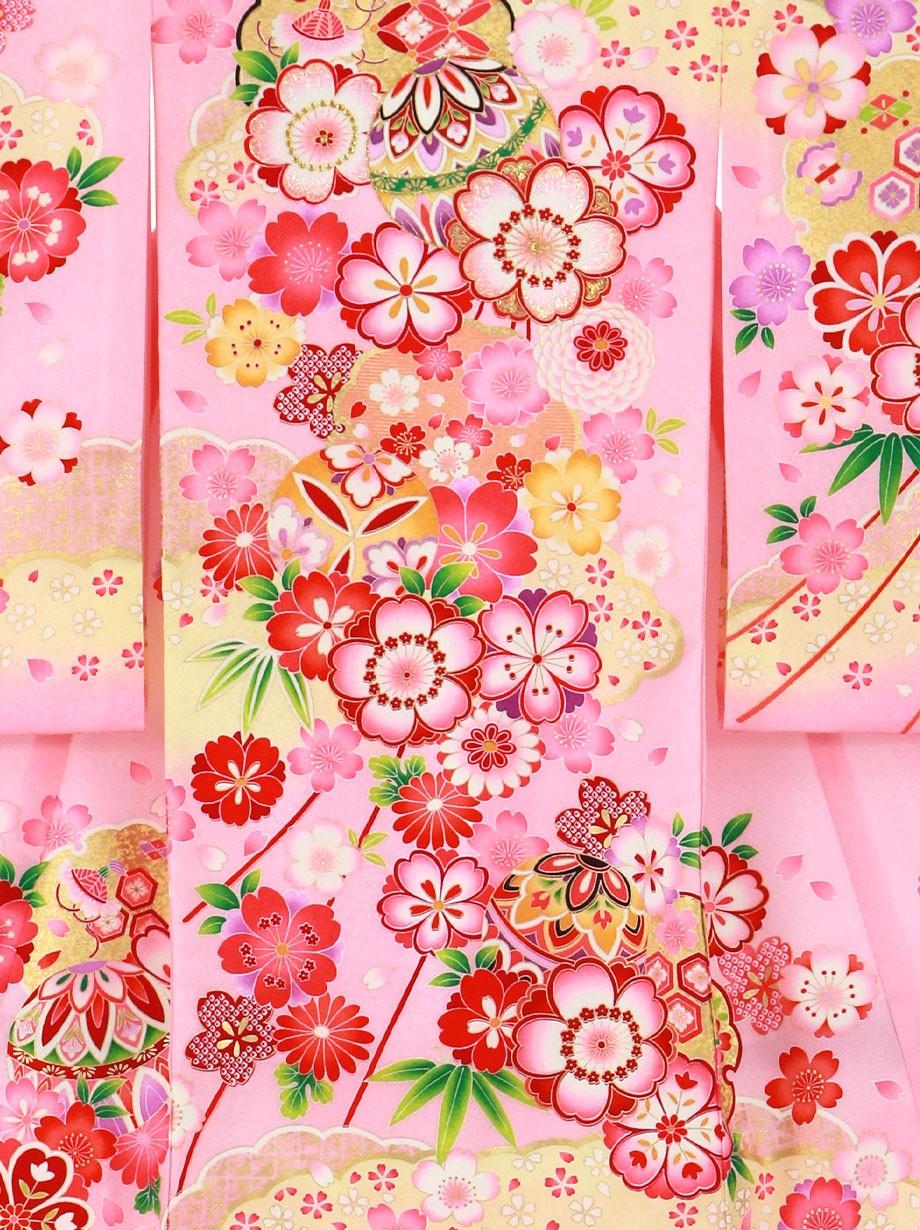 ピンク地に鞠と桜、雲取り の祝い着(産着)/女児