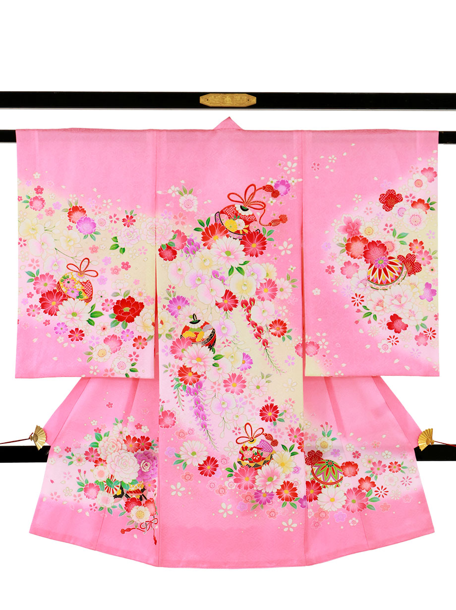 ピンク地に鹿の子柄の桜と鈴の祝い着(産着)/女児