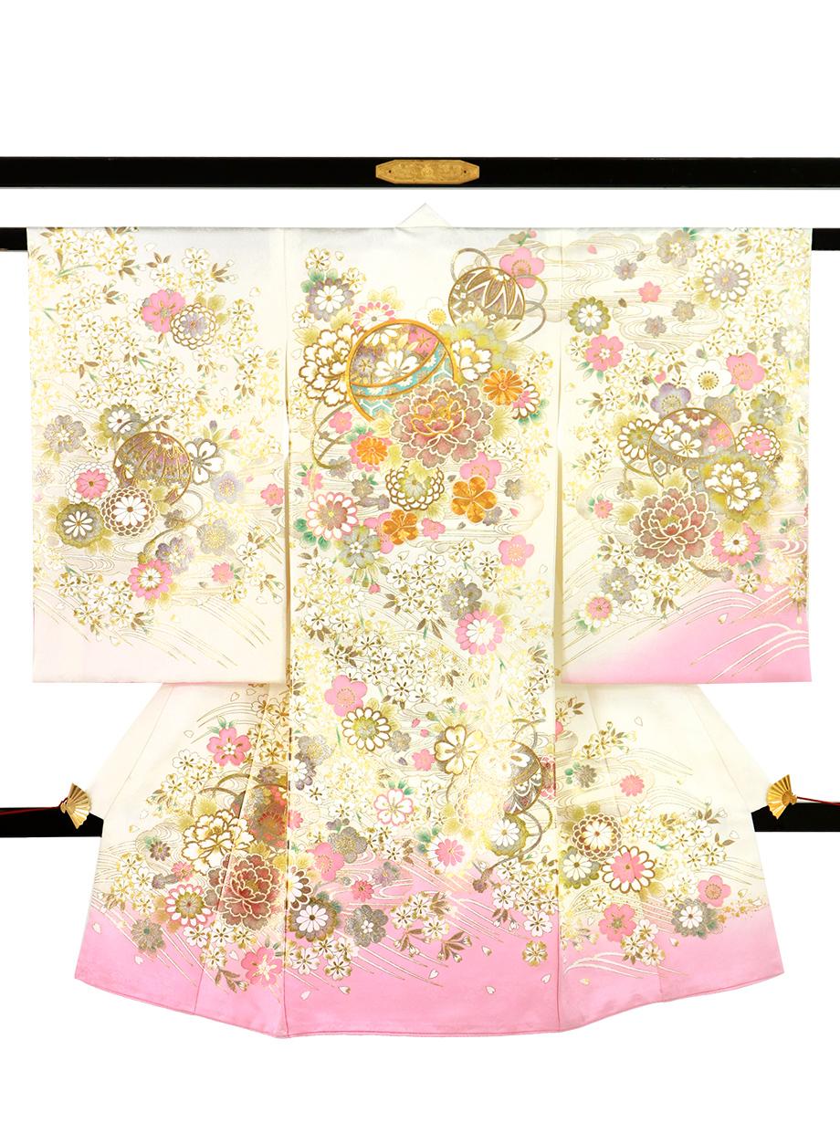 白と桃色地に鞠と牡丹、金の刺繍尽くしの祝い着(産着)/女児