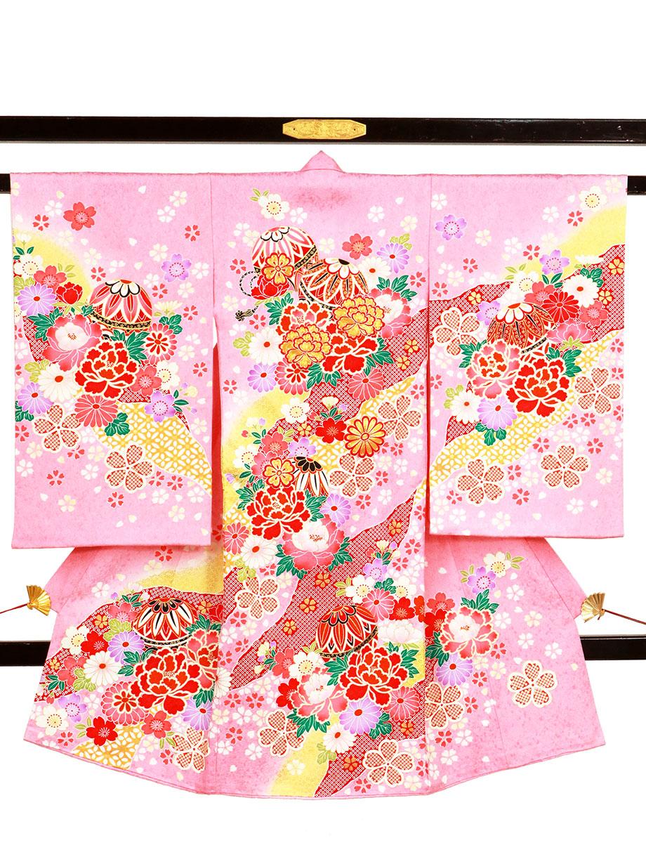 ピンク地に鞠と牡丹、桜の祝い着(産着)/女児