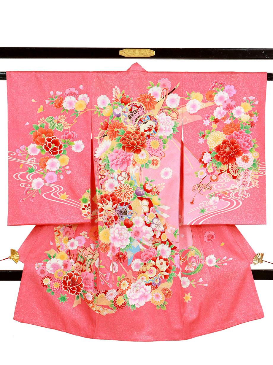 ピンクと金箔地に鼓と熨斗、花尽くしの祝い着(産着)/女児