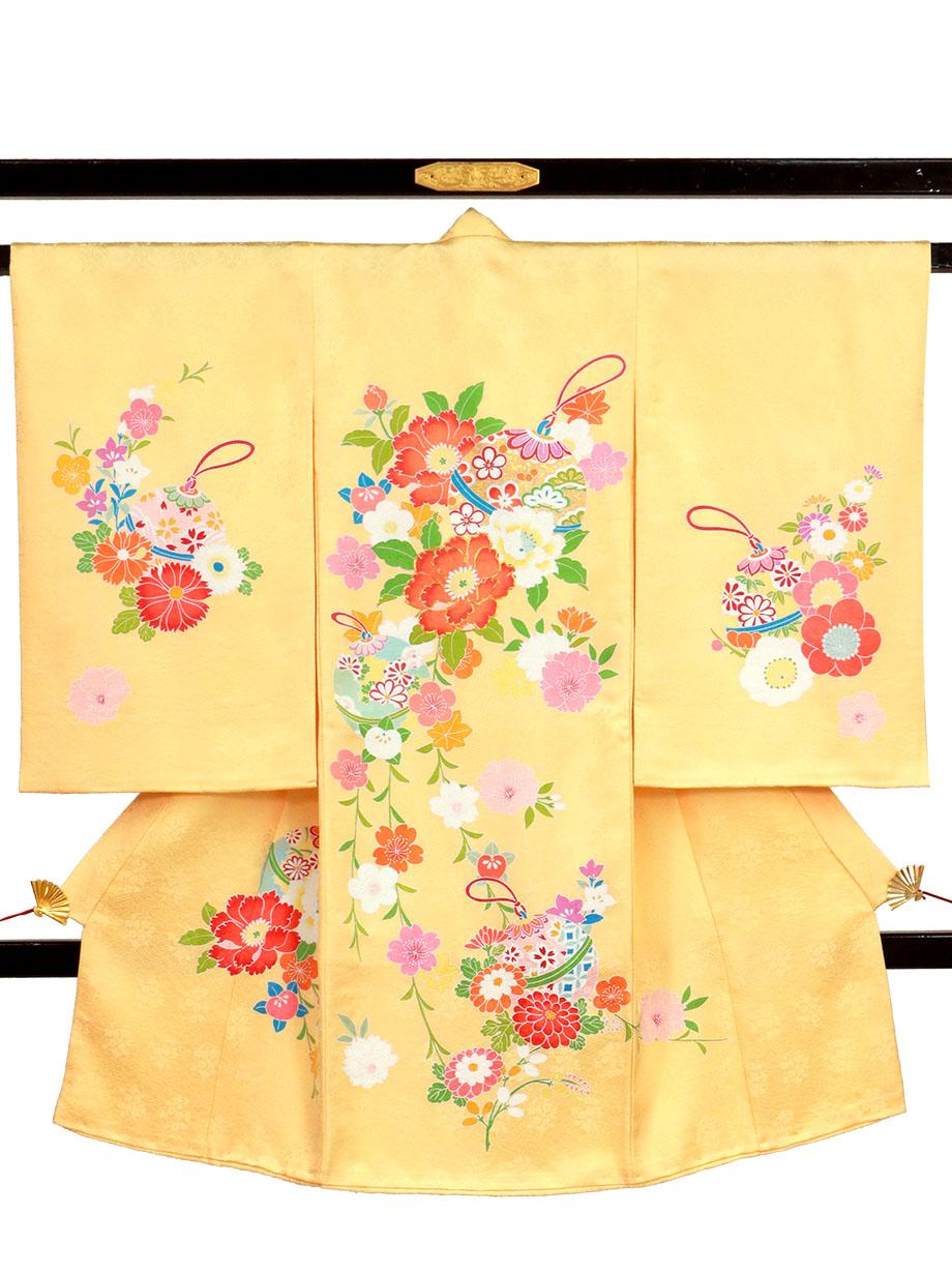 承和(そが)色に鈴と牡丹の祝い着(産着)/女児
