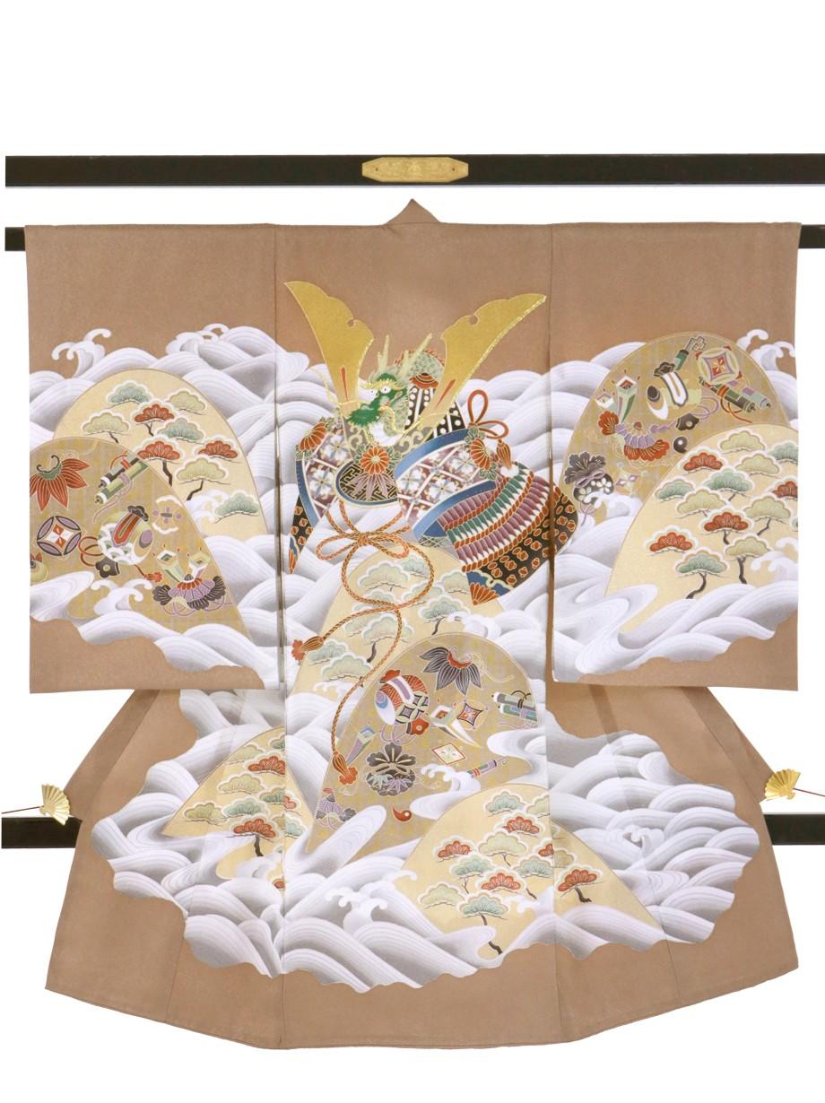 白茶に兜、山と波の祝い着(産着)/男児