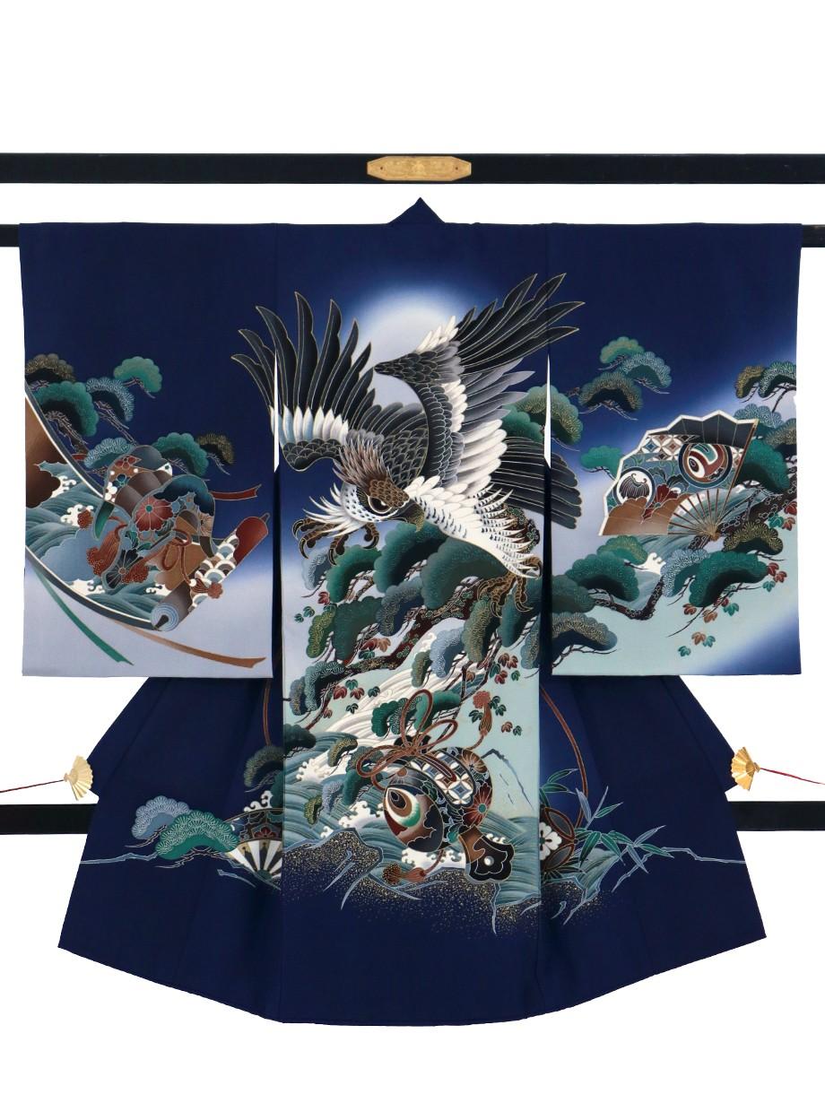 紺地に鷹と松、打ち出の小槌の祝い着(産着)/男児