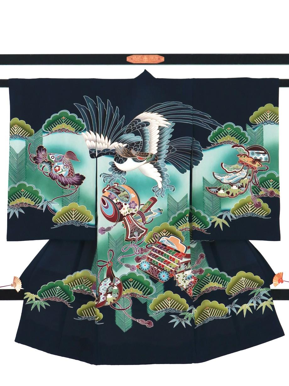 濃紺地に鷹と松づくしの祝い着(産着)/男児
