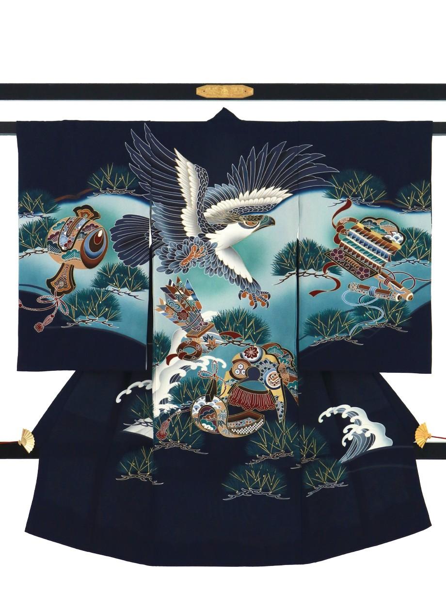 濃紺地に鷹と松葉の祝い着(産着)/男児