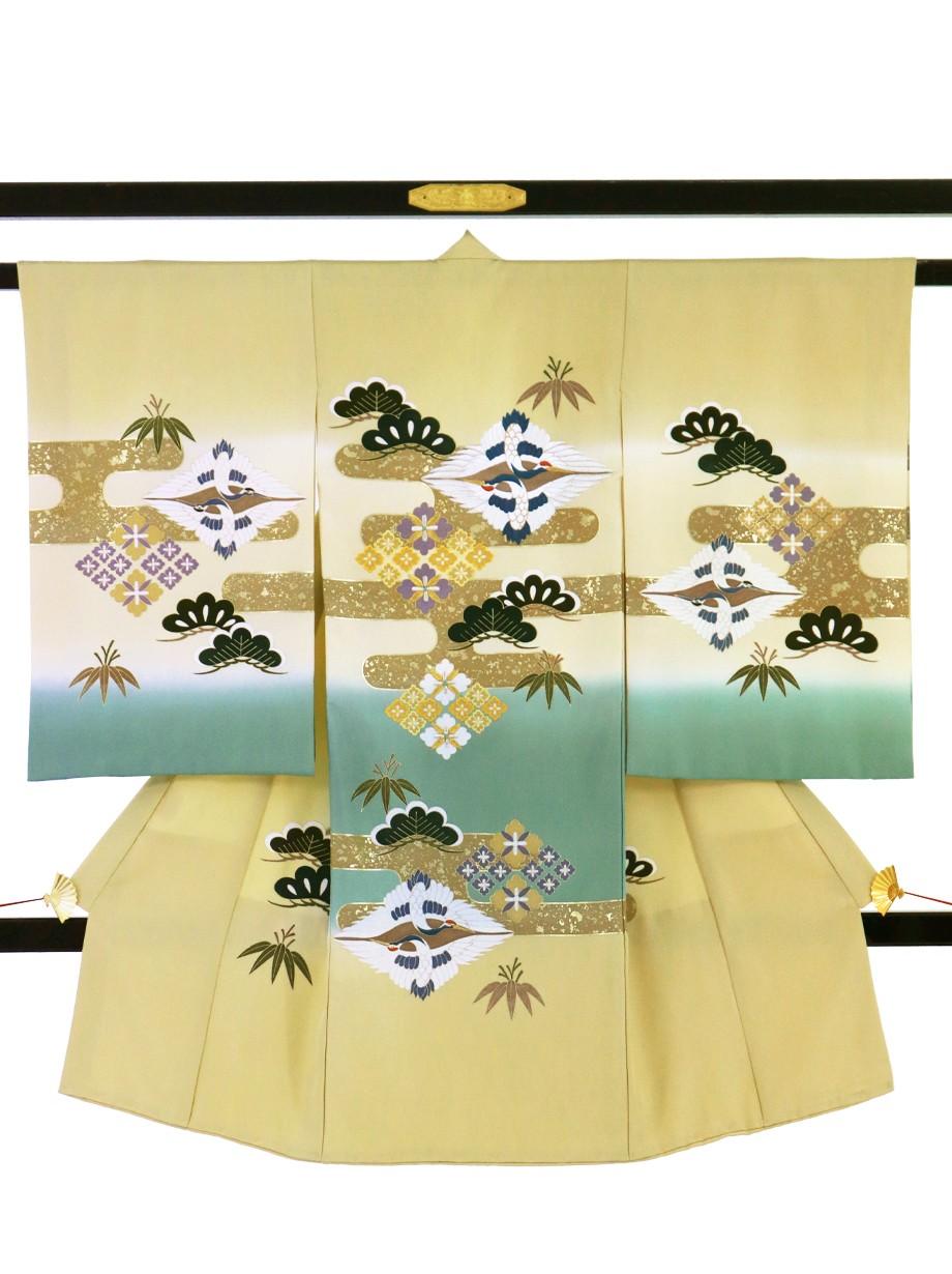 蒸栗(むしくり)色に向かい鶴菱に松の祝い着(産着)/男児