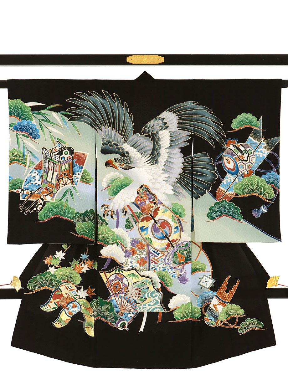 黒地に鷹と軍配に扇の祝い着(産着)/男児
