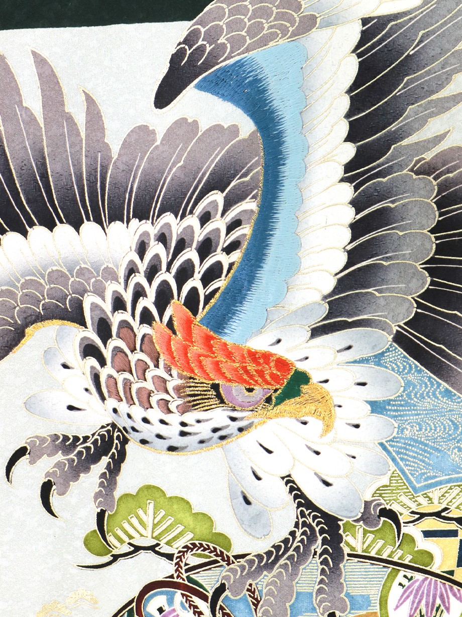 深緑地に鷹と地紙、格子に松の祝い着(産着)/男児