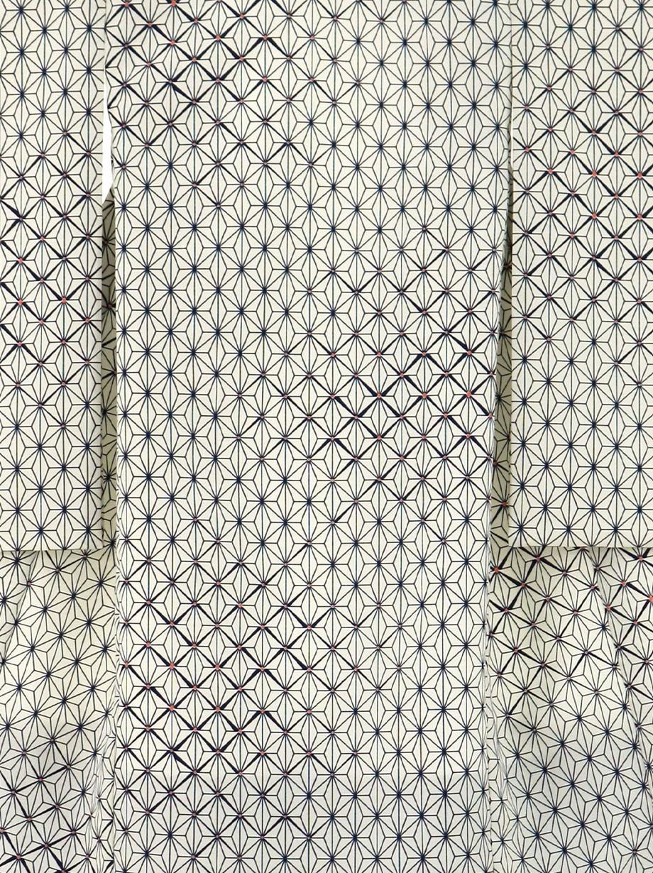 白地に紺の麻の葉模様の祝い着(産着)/男児(かしきものオリジナル)2