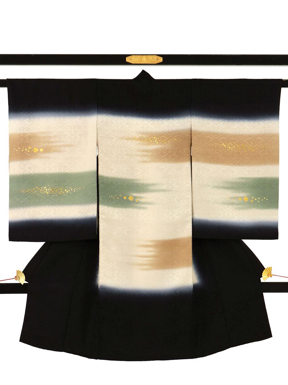 黒地に霞の祝い着(産着)/男児