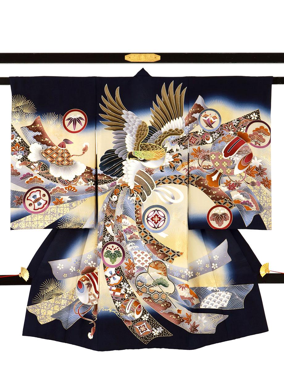 紺地に鷹と軍配に束め熨斗の祝い着(産着)/男児