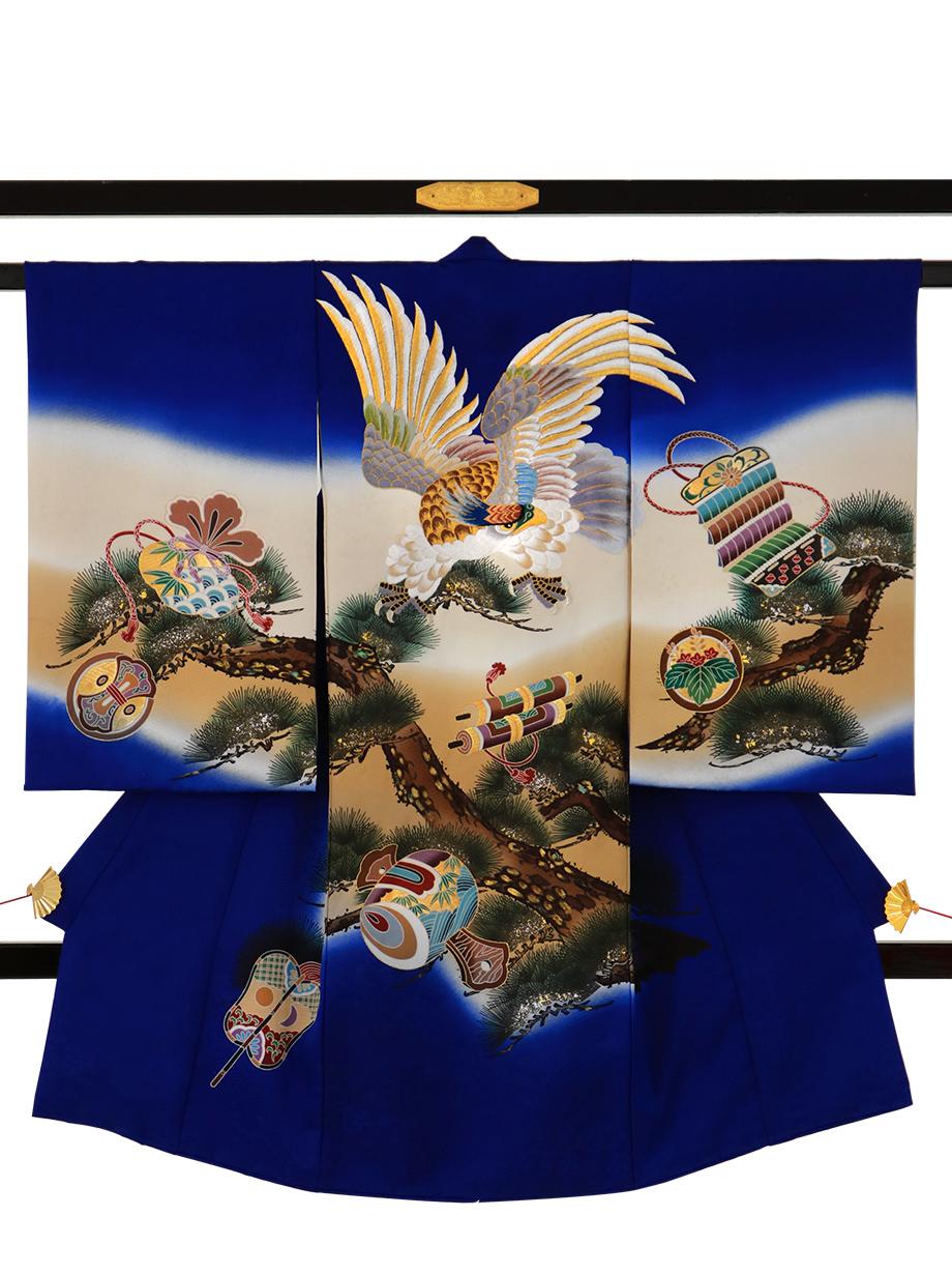 明るい紺地に鷹と松、鼓の祝い着(産着)/男児