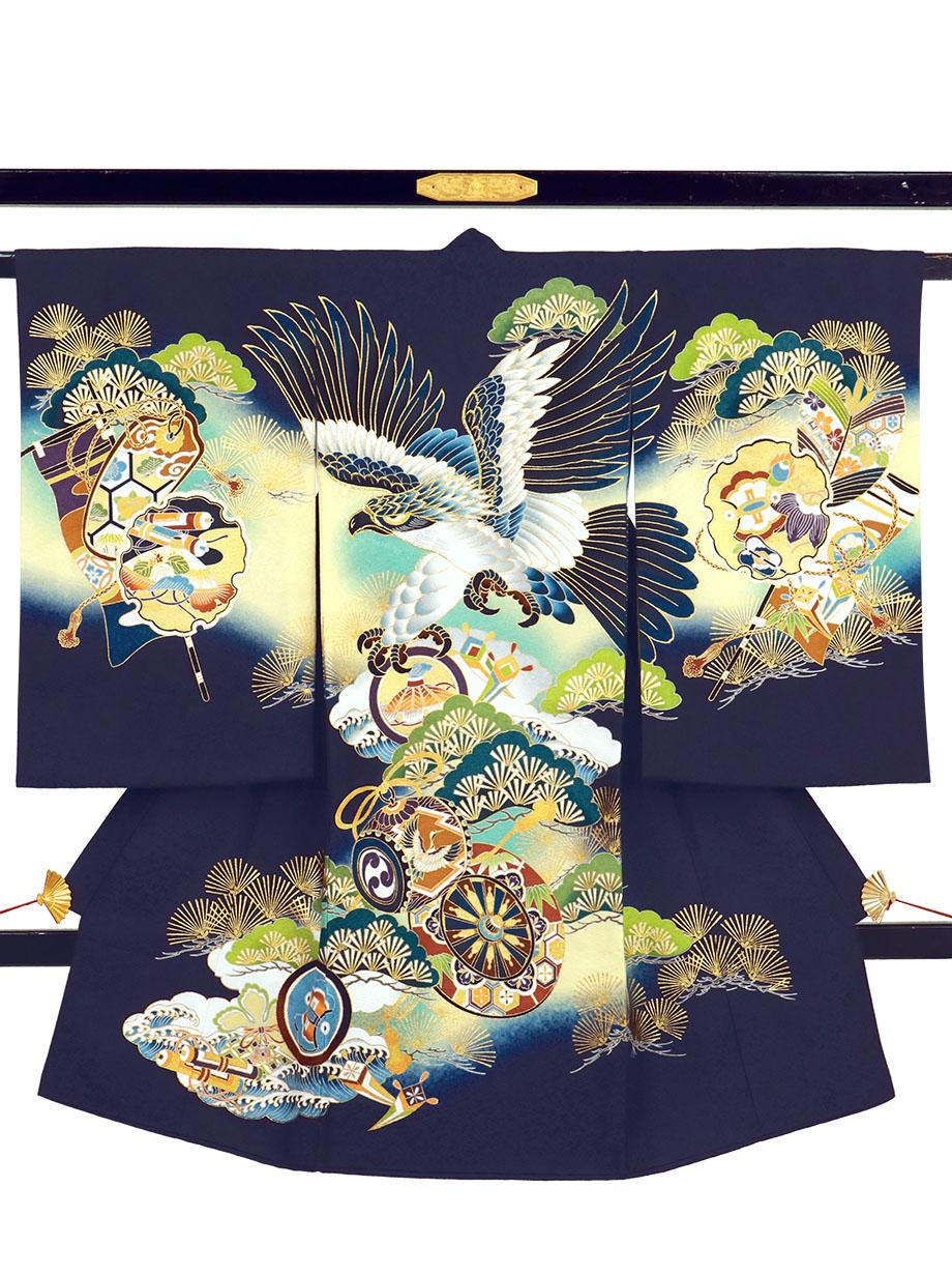 紺地に鷹と青松、雪輪の祝い着(産着)/男児