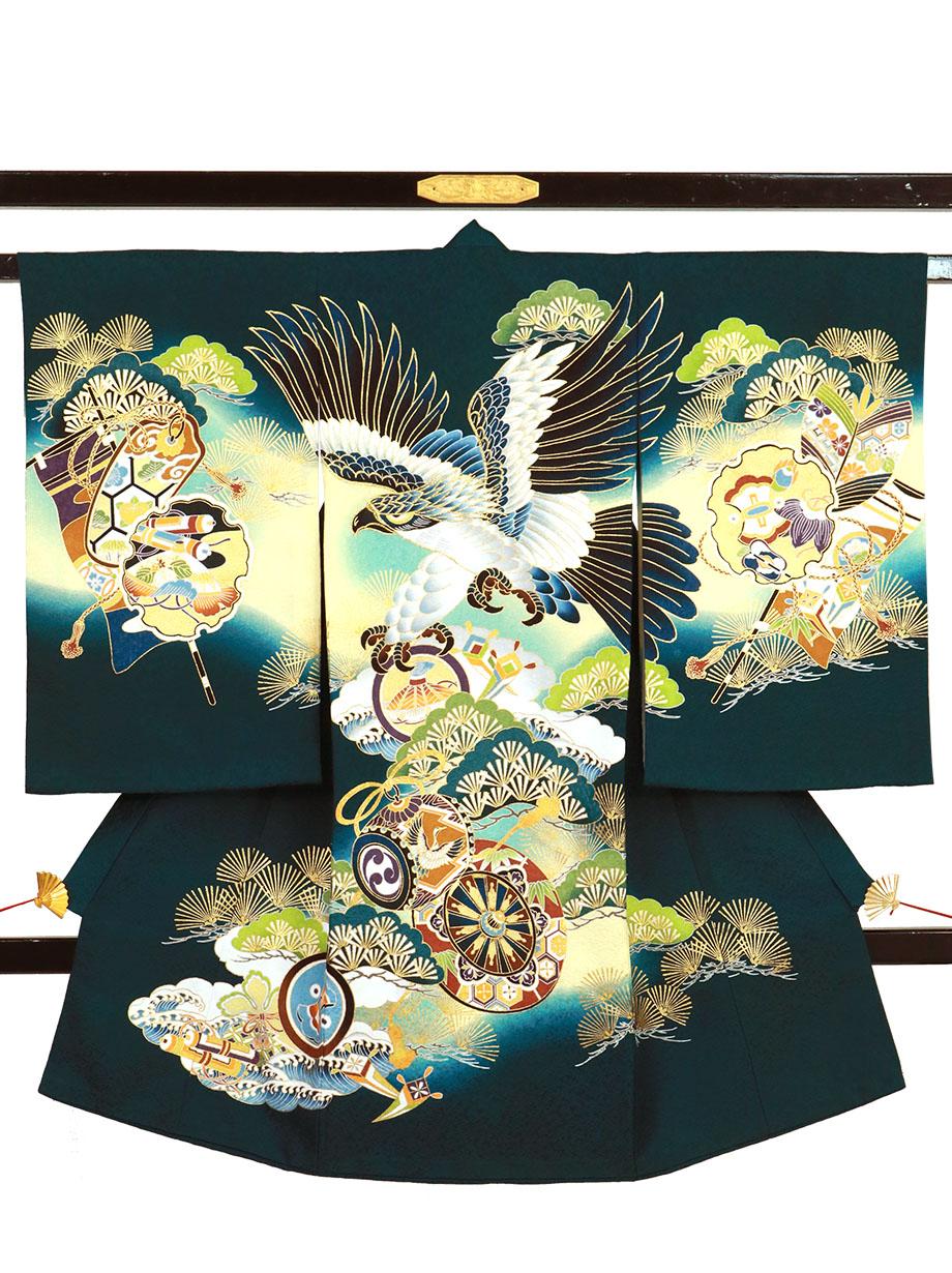 緑地に鷹と青松、雪輪の祝い着(産着)/男児
