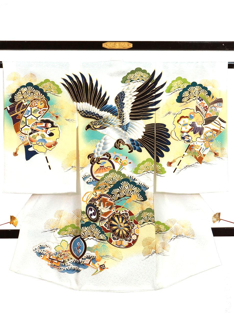 白地に鷹と青松、雪輪の祝い着(産着)/男児