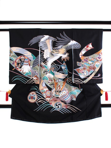墨地に鷹と兜(黒無地)の祝い着(産着)/男児