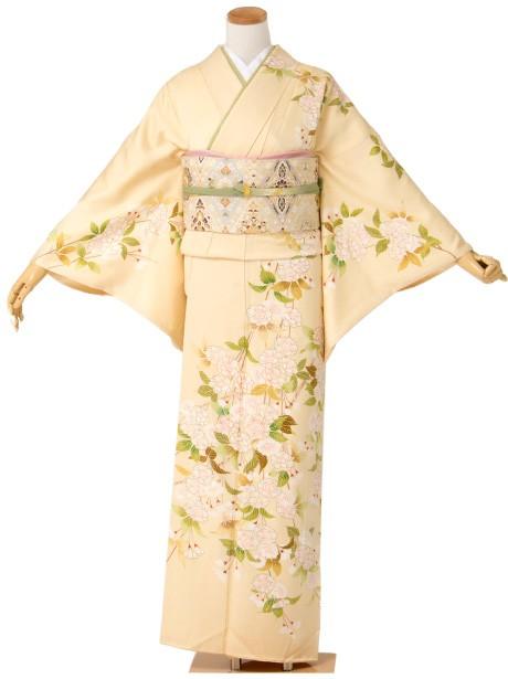 淡い黄色地に枝垂れ桜の訪問着(袷)