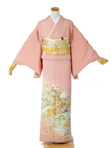 ピンク地に束ね熨斗の色留袖