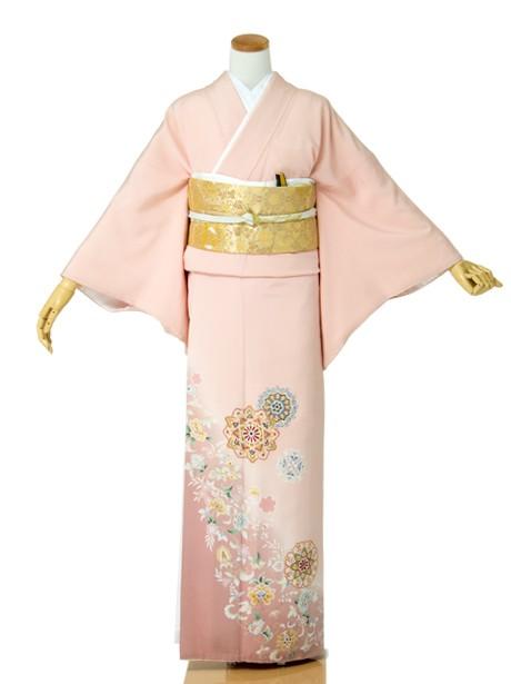 宝相華(ほうそうげ)に唐草の色留袖