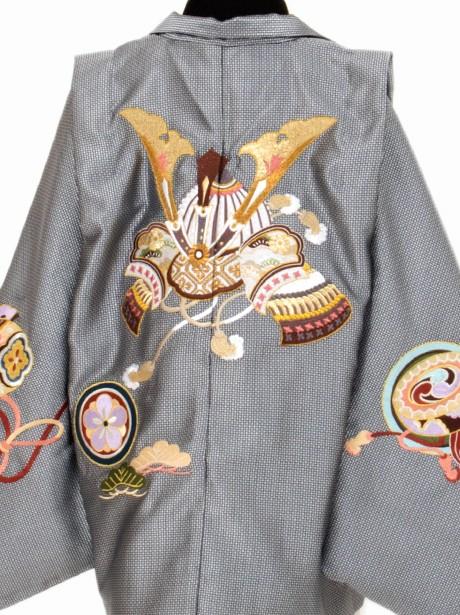 シルバーグレーに兜 白地の袴/七五三・三歳男の子・袴