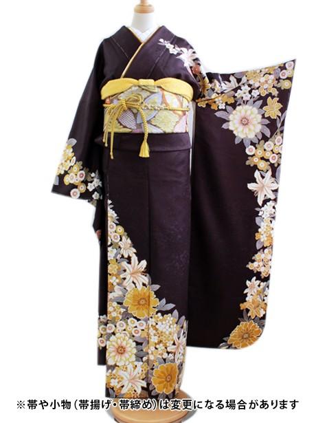紫地に黄色の花の振袖